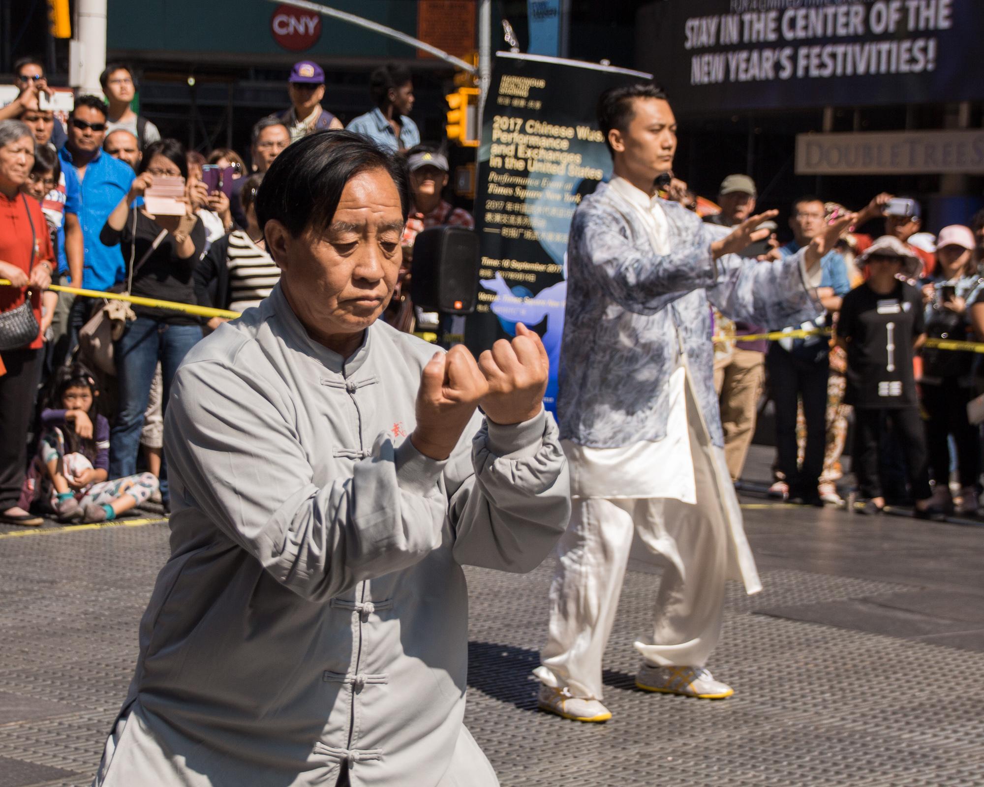 Times_Square_Wushu_Performance_2017-46